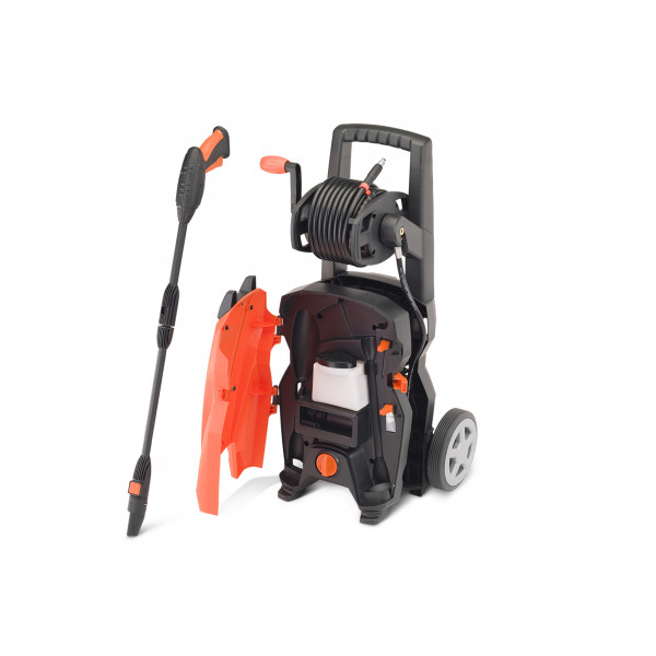 BLACK+DECKER high-pressure cleaner / high-pressure sprayer 1800W with high-pressure hose reel - 135 BAR - 420 (l/h) - including accessories